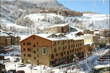 Aparthotel in Canillo for 6 people with 2 rooms