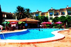Apartment with swimming pool in Estepona