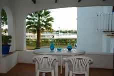 Apartment with 2 bedrooms at 30 m from the beach