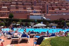Aparthotel with 1 bedroom at 1000 m from the beach