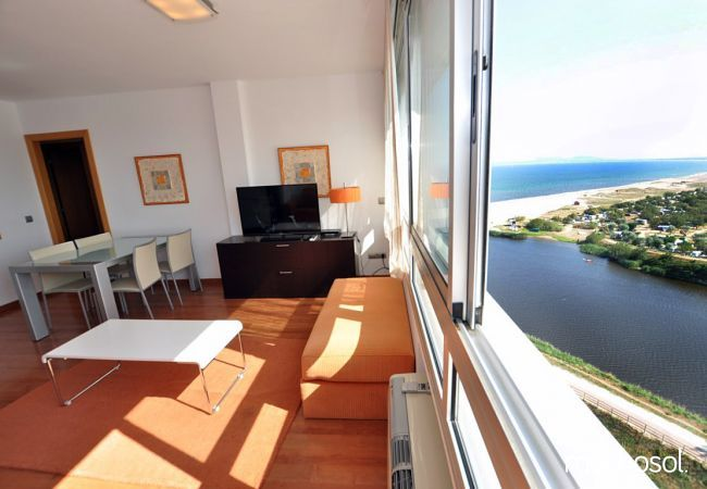 Apartment in Empuriabrava at 50 m from the beach - Ref. 86758 - 1
