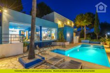 Villa for 6 people in Moraira