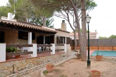 Villa in Pals at 400 m from the beach
