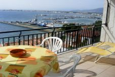 Apartment with 1 bedroom at 350 m from the beach